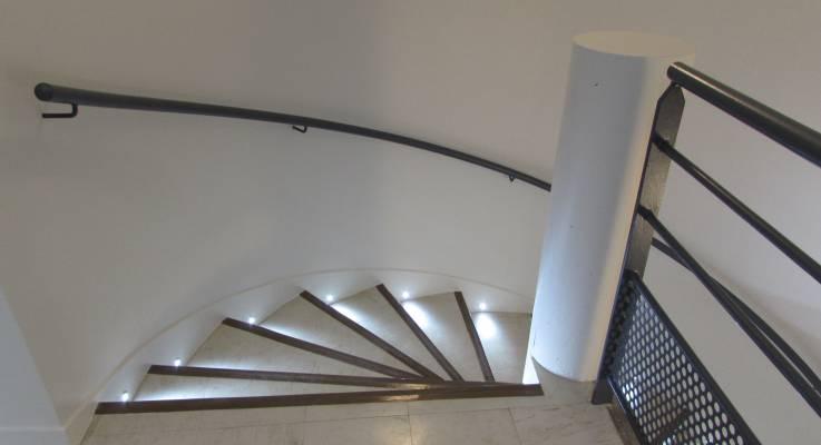 Rénovation d'un escalier à La Côte Fleurie