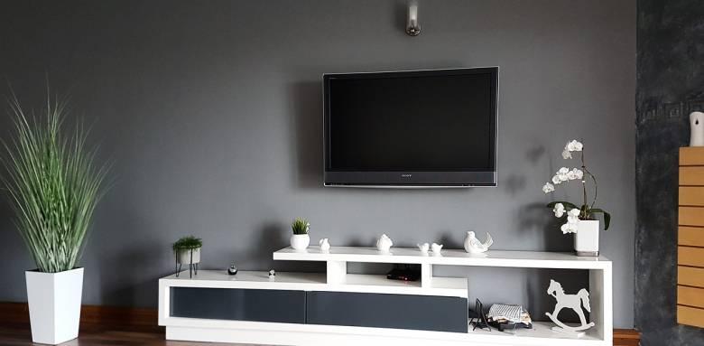 Le meuble TV sur-mesure s'adapte à votre cahier des charges.