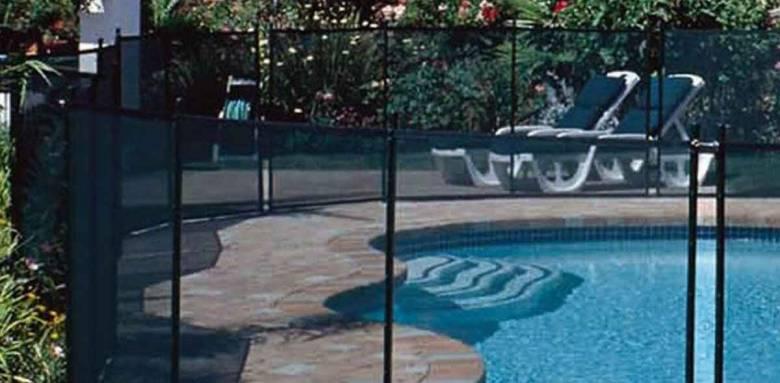 piscine clôture barrière