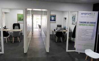Cloisons vitrées pour séparation des bureaux