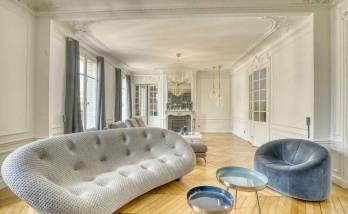 Rénover les moulures d'un appartement à Paris étoile