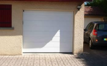 Remplacer la porte de garage à Belfort