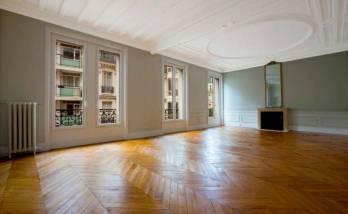 Rénover les plafonds d'un appartement à Paris 8