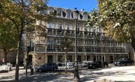 Ravalement d'une ambassade par La Maison Des Travaux de Paris Étoile
