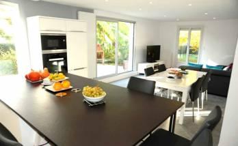 cuisine moderne ouverte sur le salon