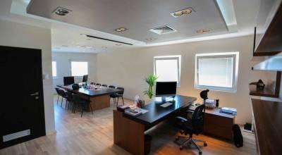 le bois dans bureaux entreprise