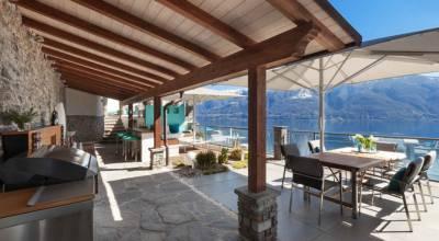 Création d'une terrasse afin d'agrandir un restaurant.