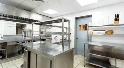 Normes et réglementations dans les cuisines de restauration
