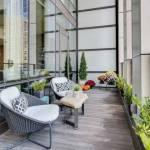 un balcon contemporain